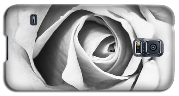 Galaxy S5 Case featuring the photograph A Rose In Black And White by Wade Brooks