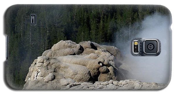 A Smoking Man. Yellowstone Hot Springs Galaxy S5 Case by Ausra Huntington nee Paulauskaite