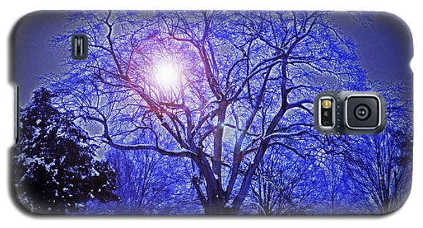 A Snow Glow Evening Galaxy S5 Case by Lydia Holly