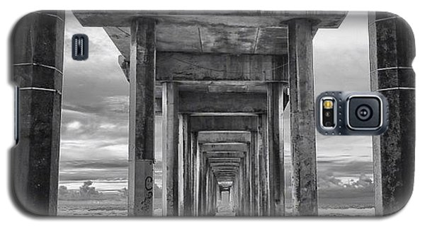 Galaxy S5 Case - A Stormy Day In San Diego At The by Larry Marshall