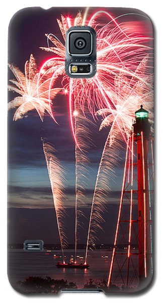 A Three Burst Salvo Of Fire For The Fourth Of July Galaxy S5 Case by Jeff Folger