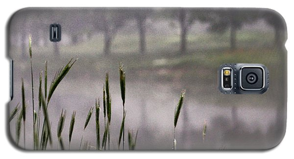Galaxy S5 Case featuring the photograph A View In The Mist by Bruce Patrick Smith