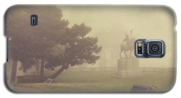 Garden Galaxy S5 Case - A Walk In The Fog by Laurie Search