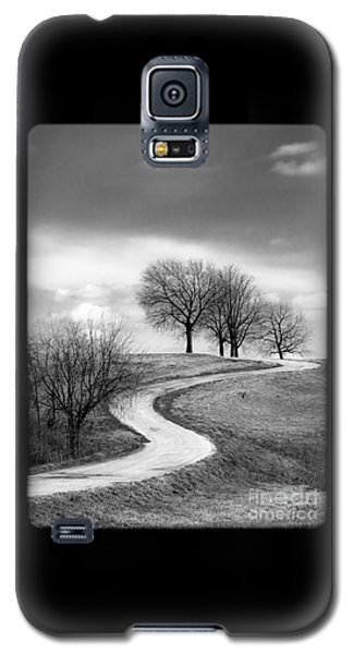 A Winding Country Road In Black And White Galaxy S5 Case