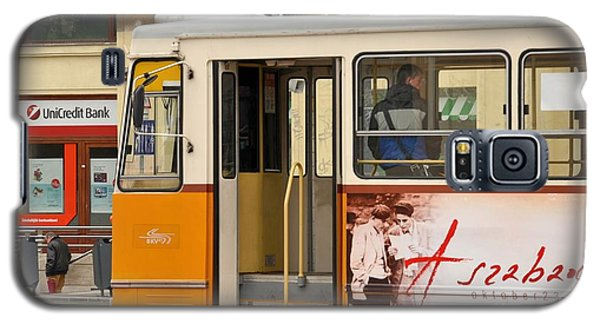 A Yellow Tram On The Streets Of Budapest Hungary Galaxy S5 Case