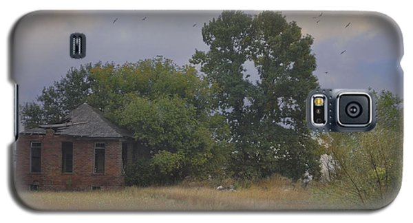 Abandoned Country House In Rural Northwest Iowa Galaxy S5 Case