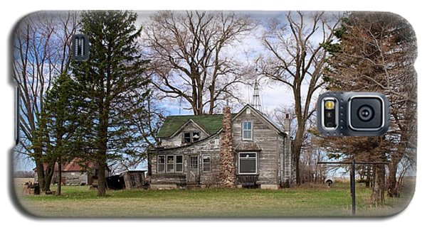 Abandoned Minnesota Farmhouse Galaxy S5 Case