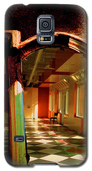 Galaxy S5 Case featuring the photograph Abandoned In Hollywood by John Fish