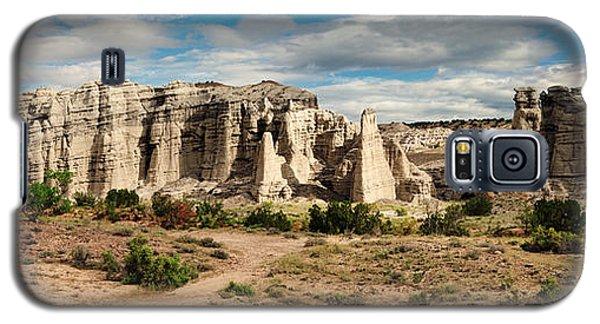 Abiquiu New Mexico Plaza Blanca In Technicolor Galaxy S5 Case