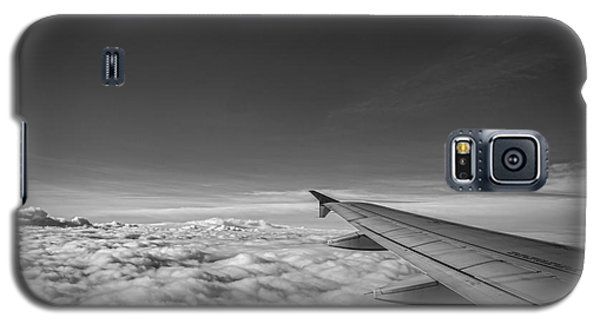 Above The Clouds Bw Galaxy S5 Case