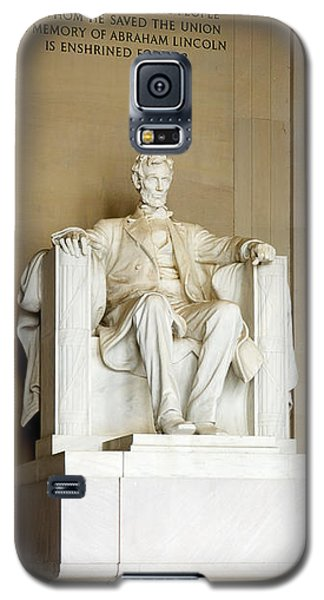 Abraham Lincolns Statue In A Memorial Galaxy S5 Case by Panoramic Images
