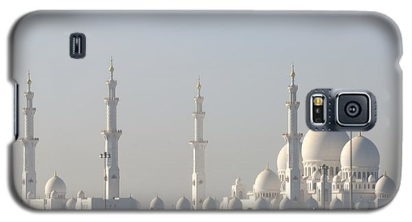 Galaxy S5 Case featuring the photograph Abu Dhabi Sheikh Zayed Grand Mosque by Steven Richman