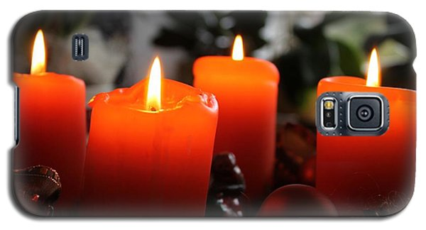 Galaxy S5 Case featuring the photograph Advent Candles Christmas Candle Light by Paul Fearn