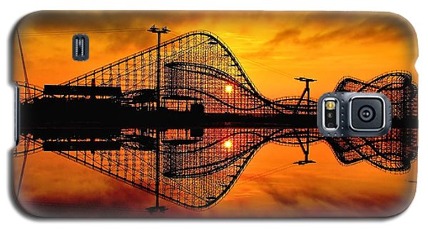 Adventure Pier At Sunrise Galaxy S5 Case