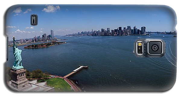 Aerial View Of A Statue, Statue Galaxy S5 Case by Panoramic Images