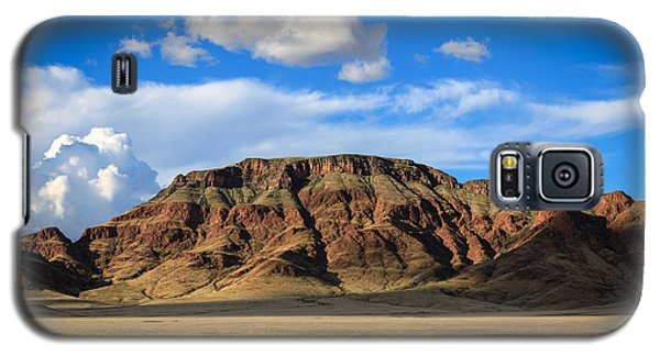Aferican Grass And Mountain In Sossusvlei Galaxy S5 Case