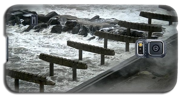Galaxy S5 Case featuring the photograph After Storm Sandy by Joan Reese