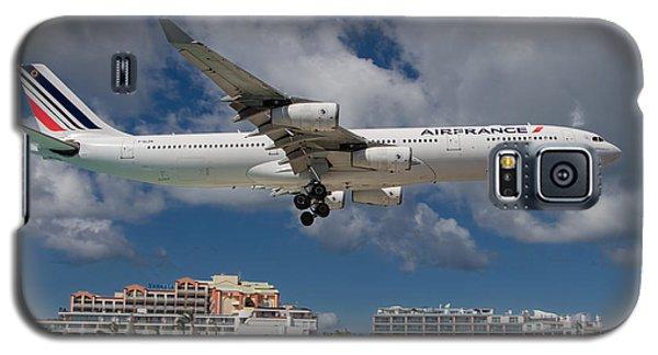 Air France Landing At St. Maarten Galaxy S5 Case by David Gleeson