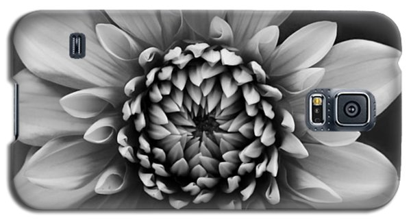 Ala Mode Dahlia In Black And White Galaxy S5 Case