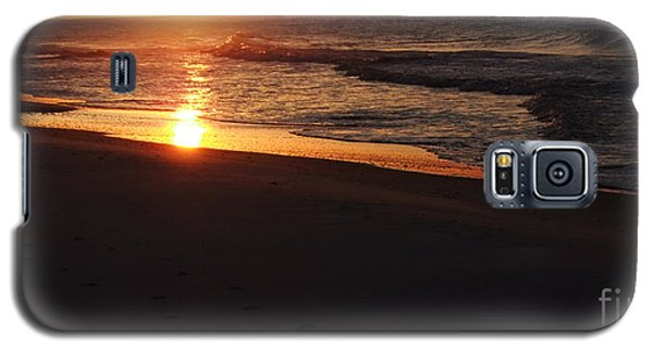Galaxy S5 Case featuring the photograph Alabama Sunset At The Beach by Deborah DeLaBarre