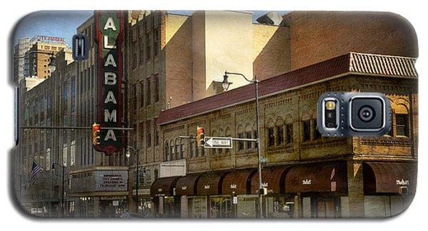 Galaxy S5 Case featuring the photograph Alabama Theatre by Davina Washington