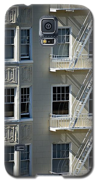Galaxy S5 Case featuring the photograph Alamo Square San Francisco by Steven Richman