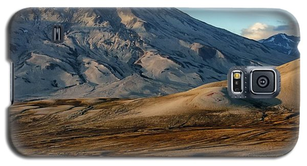 Galaxy S5 Case featuring the photograph Alaska Landscape Scenic Mountains Snow Sky Clouds by Paul Fearn