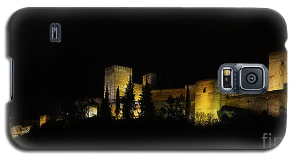 Galaxy S5 Case featuring the photograph Alhambra At Night by Rudi Prott
