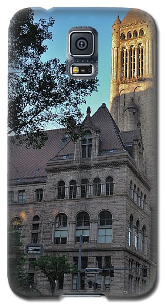 Galaxy S5 Case featuring the photograph Allegheny County Courthouse by Steven Richman