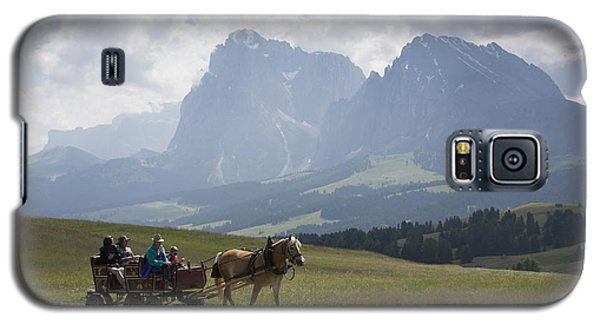 Galaxy S5 Case featuring the photograph Alpe Di Siusi by Wade Aiken