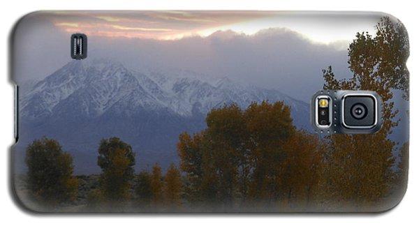 Alpenglow Over Mt Tom Galaxy S5 Case