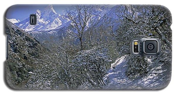 Ama Dablam In Winter Galaxy S5 Case by Rudi Prott