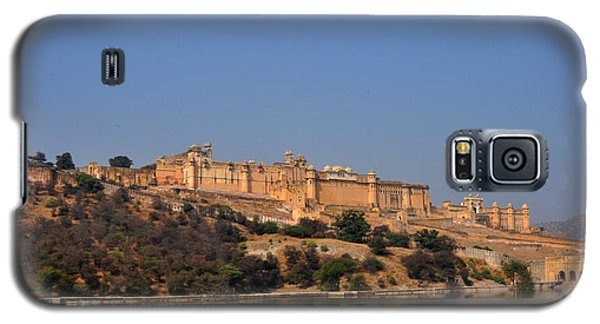 Galaxy S5 Case featuring the photograph Amber Fort Jaipur Rajasthan India by Diane Lent