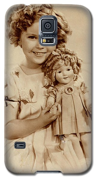 Shirley Temple Galaxy S5 Case - American Film Actress Shirley  Temple by Mary Evans Picture Library