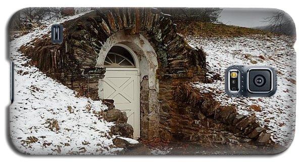 American Hobbit Hole Galaxy S5 Case by Michael Porchik
