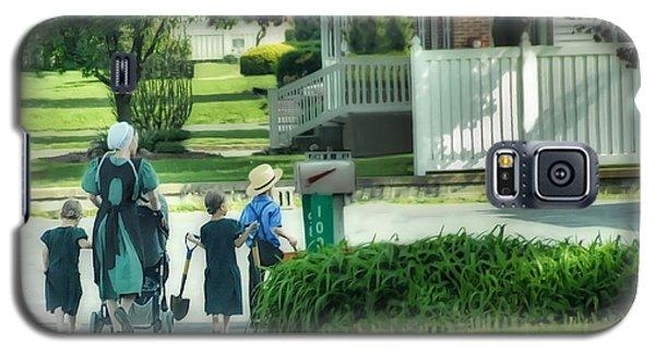 Little Amish Gardeners Galaxy S5 Case