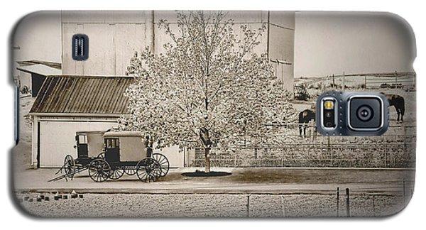 An Amish Farm In Sepia Galaxy S5 Case