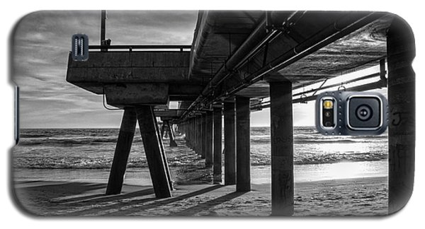 An Evening At Venice Beach Pier Galaxy S5 Case by Ana V Ramirez