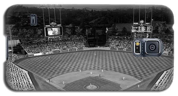 An Evening Game At Dodger Stadium Galaxy S5 Case by Mountain Dreams