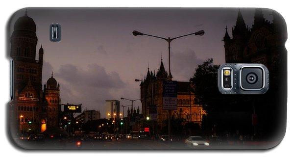 Galaxy S5 Case featuring the photograph Mumbai by Salman Ravish