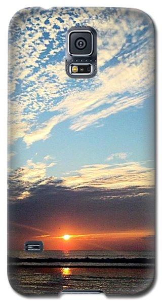 An Ocean And A Sunrise Galaxy S5 Case