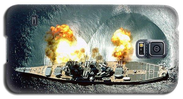 An Overhead View Of The Battleship Uss Iowa Bb61 Firing All 15 Of Its Guns Galaxy S5 Case by Paul Fearn