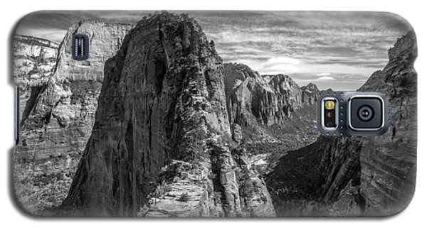 Angel's Landing In Black And White Galaxy S5 Case