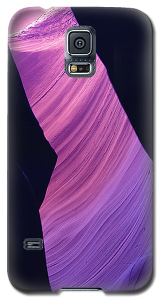 Galaxy S5 Case featuring the photograph Antelope Canyon 10 by Jeff Brunton