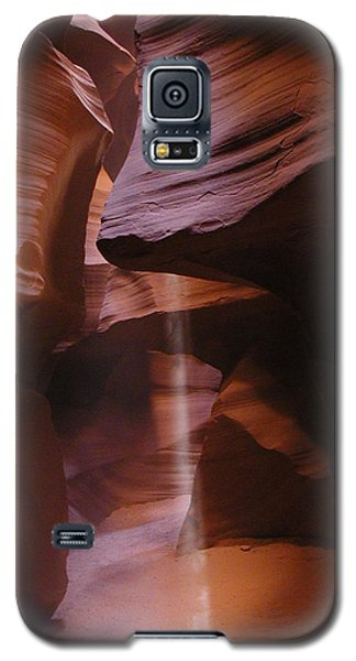 Galaxy S5 Case featuring the photograph Antelope Canyon With Light Beam by Alan Socolik