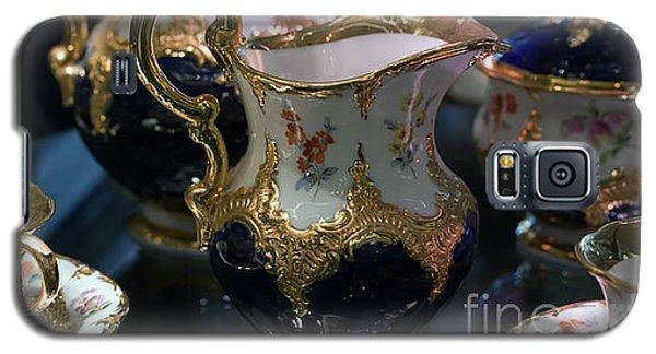 Antique Porcelain Coffee Set In Show Case Galaxy S5 Case