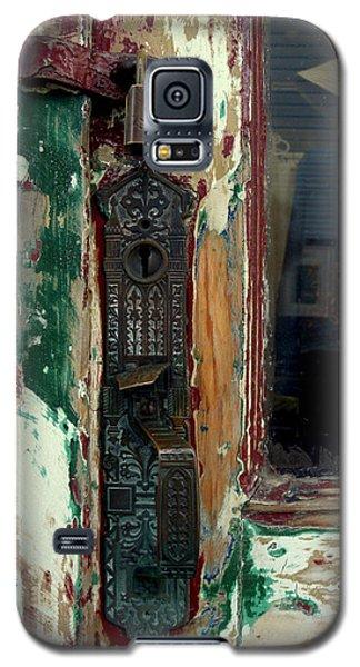 Antique Shop Door Galaxy S5 Case
