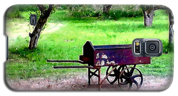 Galaxy S5 Case featuring the photograph Antique Wheelbarrow by Sadie Reneau