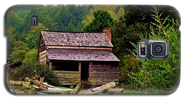 Appalachian Cabin With Fence Galaxy S5 Case by Desiree Paquette