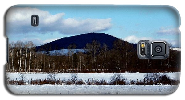 Galaxy S5 Case featuring the photograph Appalachian Snowscape by Christian Mattison